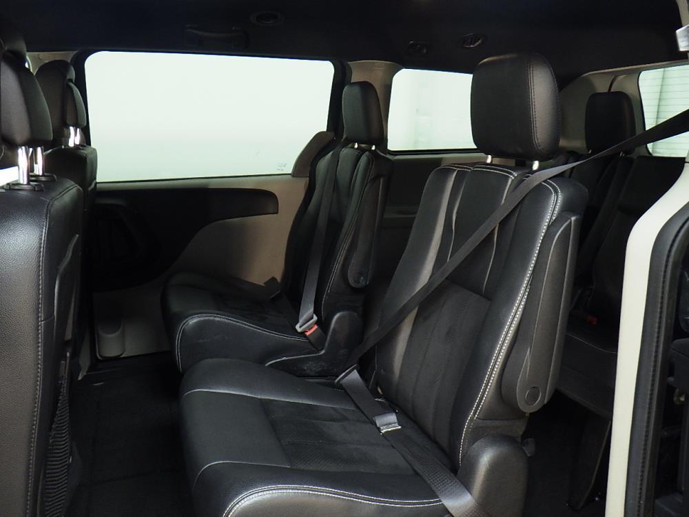 2016 Dodge Grand Caravan SXT Plus - 1010156482
