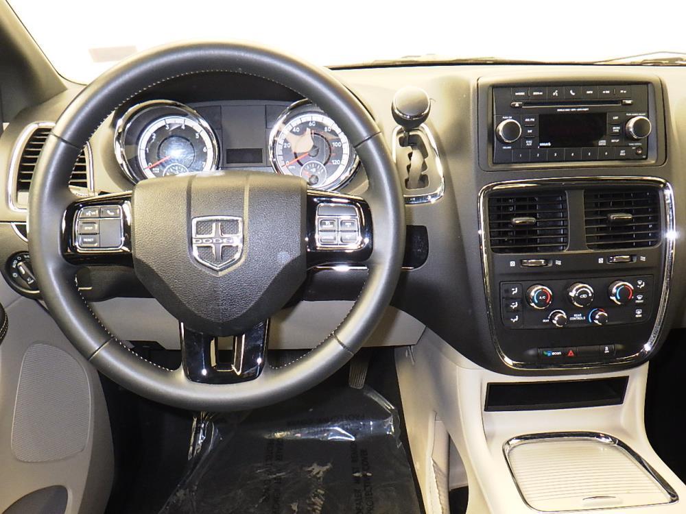 2016 Dodge Grand Caravan SXT Plus - 1010156484