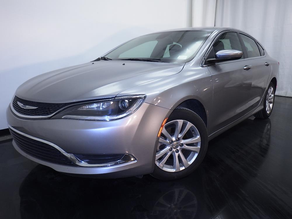 2016 Chrysler 200 Limited - 1010156799