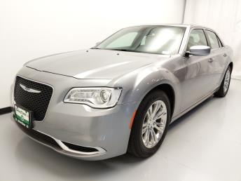 Used 2017 Chrysler 300