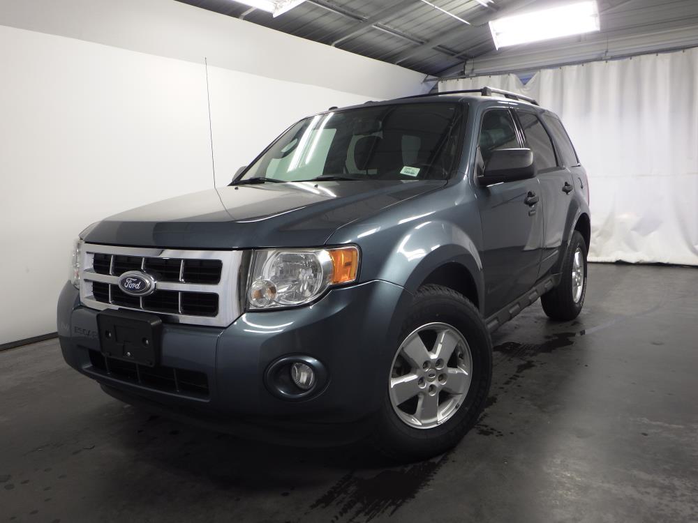 2010 Ford Escape - 1030170801