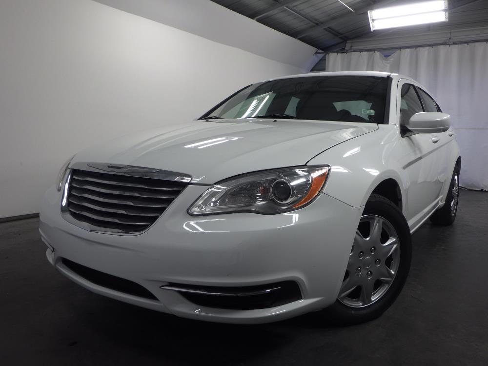 2012 Chrysler 200 - 1030171488