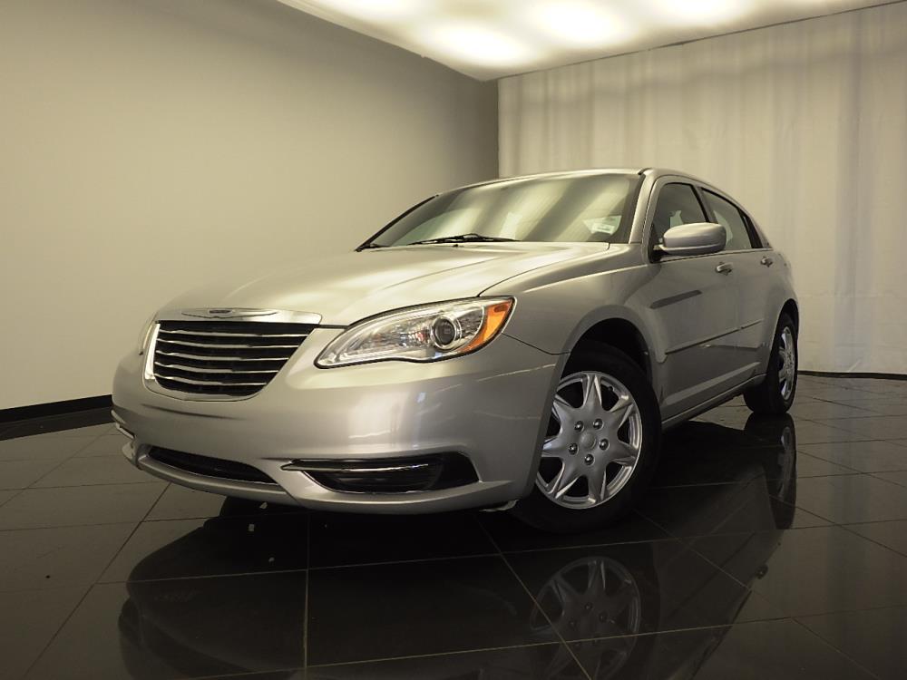2012 Chrysler 200 - 1030173394
