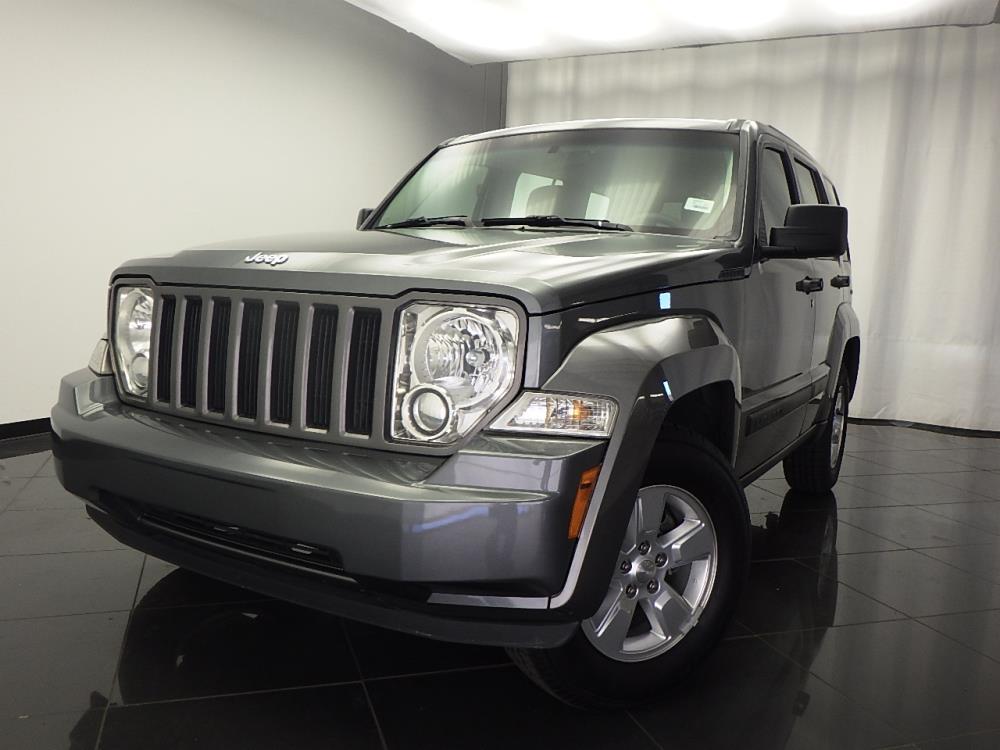 2012 Jeep Liberty Latitude - 1030174101
