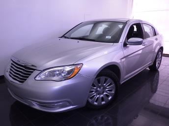 2012 Chrysler 200 - 1030174280