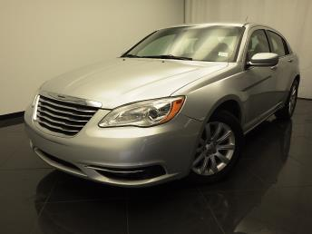 2011 Chrysler 200 - 1030174674