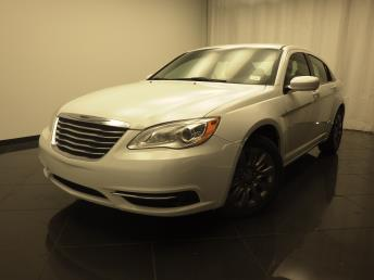 2013 Chrysler 200 - 1030174778