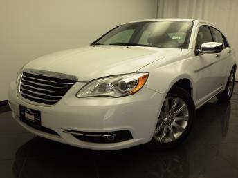 2013 Chrysler 200 - 1030175594
