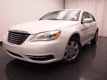2012 Chrysler 200 - 1030176059