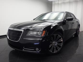 2013 Chrysler 300 - 1030176064