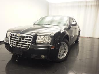 2010 Chrysler 300 Touring Signature - 1030176957