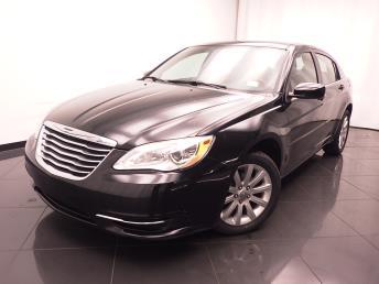 2013 Chrysler 200 - 1030178955