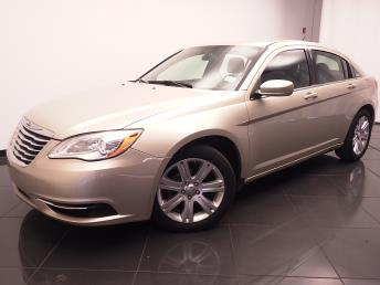 2013 Chrysler 200 - 1030180040