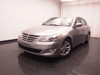 2013 Hyundai Genesis - 1030180810