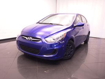 2013 Hyundai Accent - 1030181248