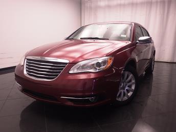 2013 Chrysler 200 - 1030182472