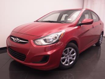 2014 Hyundai Accent - 1030183978