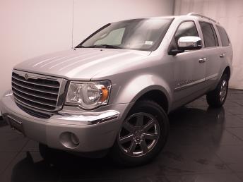 2009 Chrysler Aspen - 1030184367