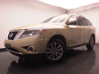 2013 Nissan Pathfinder - 1030184652