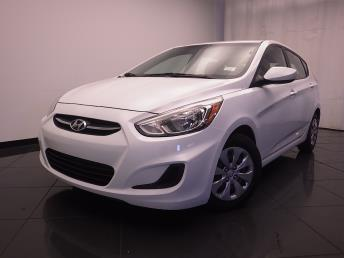 2015 Hyundai Accent - 1030185169