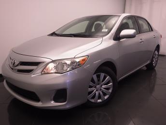 2012 Toyota Corolla - 1030185174