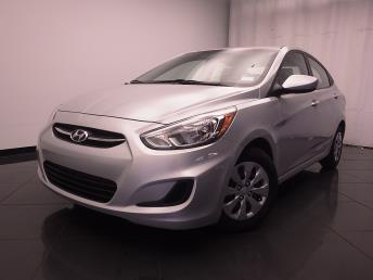 2015 Hyundai Accent - 1030185283