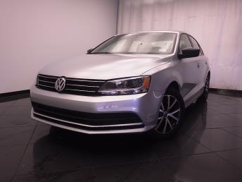 2016 Volkswagen Jetta - 1030185418