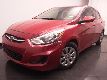 2015 Hyundai Accent - 1030185489