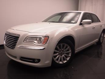 2013 Chrysler 300 - 1030185528