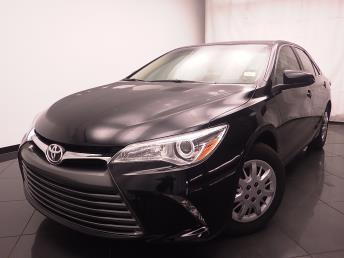 2016 Toyota Camry LE - 1030186765
