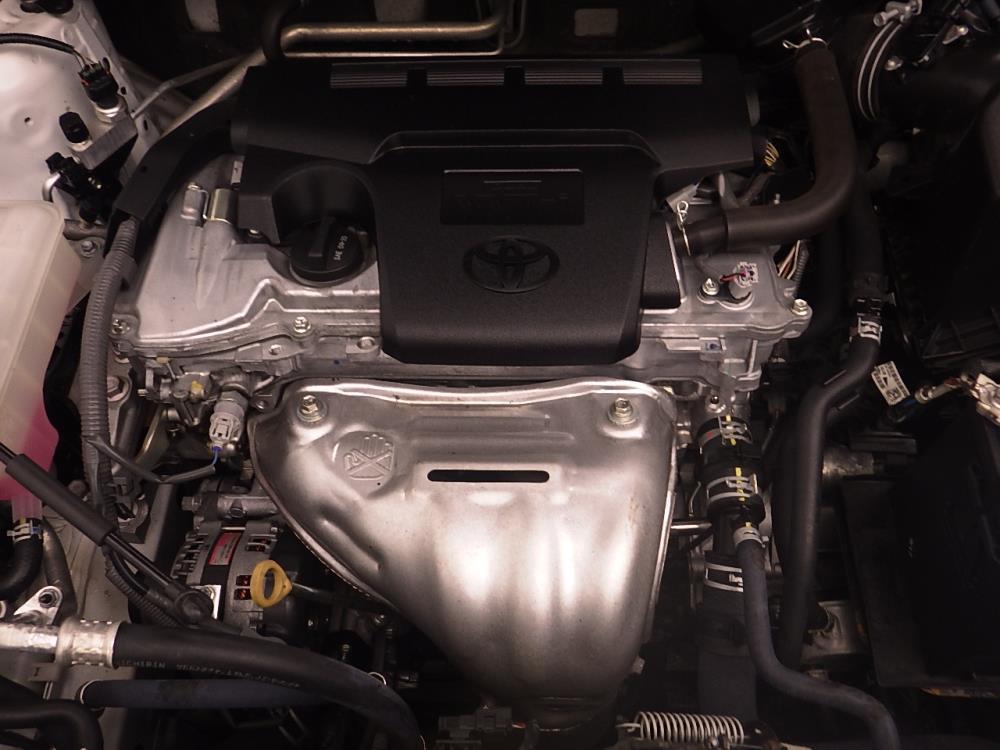 2015 Toyota RAV4 XLE - 1030186905