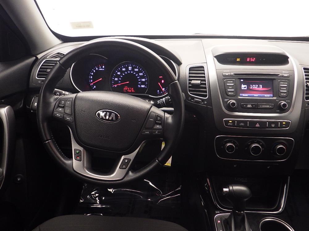 2015 Kia Sorento LX - 1030187020