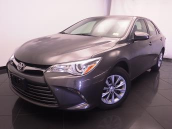 2016 Toyota Camry LE - 1030187476