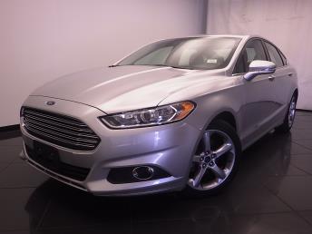 2015 Ford Fusion SE - 1030187508