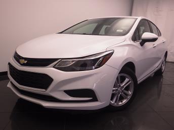 2017 Chevrolet Cruze LT - 1030187607