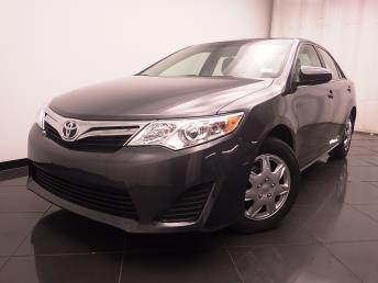 2014 Toyota Camry LE - 1030187736