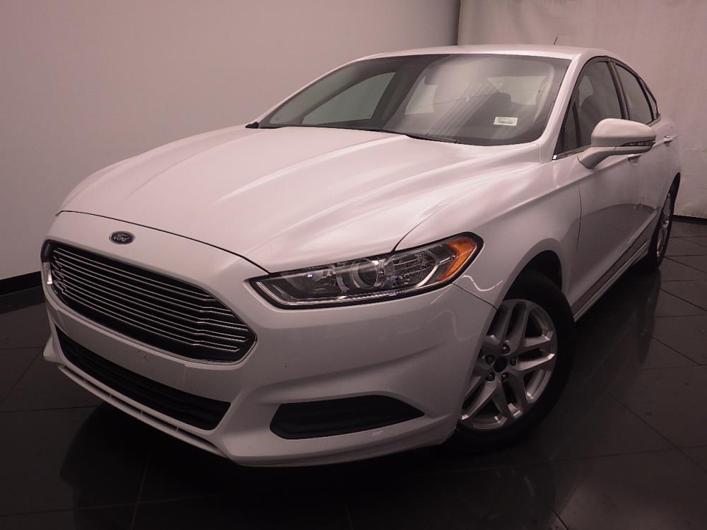 2016 Ford Fusion SE - 1030187964