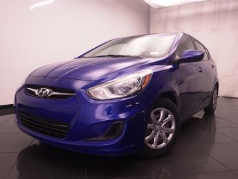 2013 Hyundai Accent GS - 1030189863