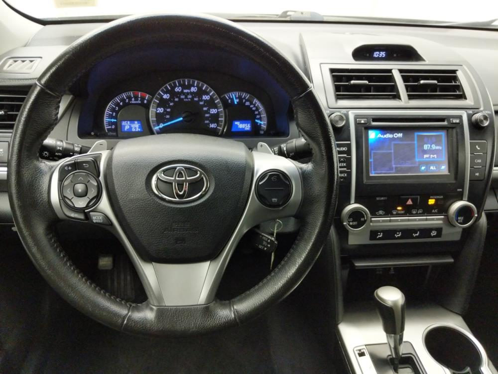 2014 Toyota Camry SE - 1030190176