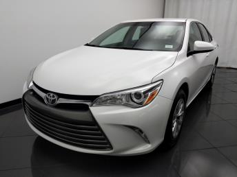 2016 Toyota Camry LE - 1030190584