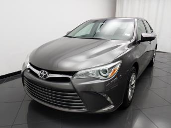 2016 Toyota Camry LE - 1030190729