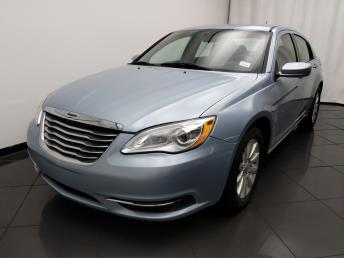 2013 Chrysler 200 Touring - 1030190787