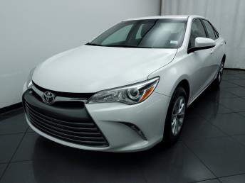 2016 Toyota Camry LE - 1030190863