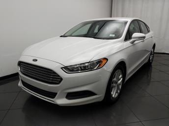 2016 Ford Fusion SE - 1030191341