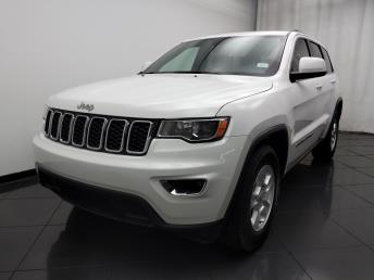 2017 Jeep Grand Cherokee Laredo - 1030192523