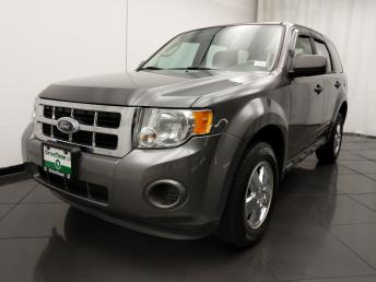 2012 Ford Escape XLS - 1030192818