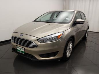 2016 Ford Focus SE - 1030192984