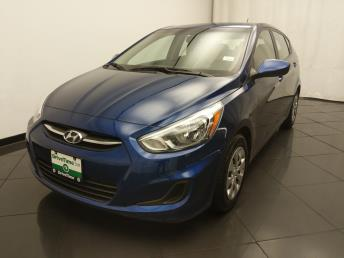 2017 Hyundai Accent SE - 1030193084