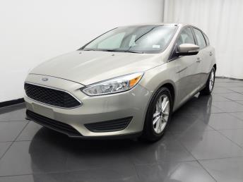 2016 Ford Focus SE - 1030193441