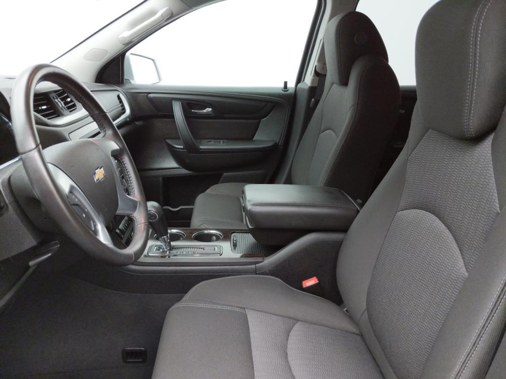 2016 Chevrolet Traverse LT - 1030193596